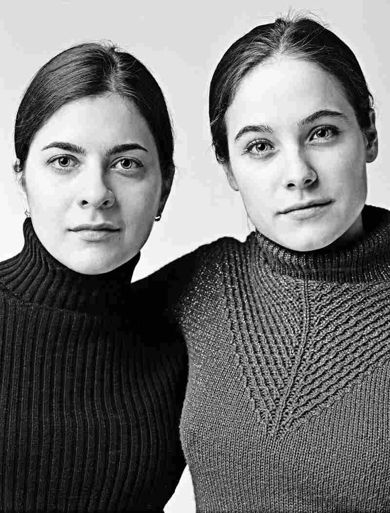 Sylvie Gagnon and Caroline Dhavernas, Montreal 2003