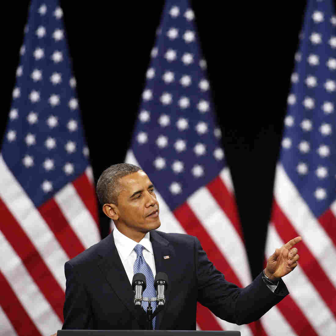 Obama Lays Out Immigration Plan But Avoids Thorny Issues