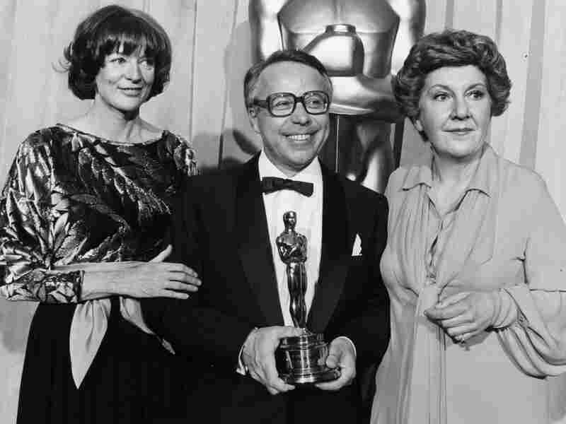 """Kudelski with actors Maggie Smith (left) and Maureen Stapleton at the 1978 Academy Awards. That year, Kudelski won a Scientific and Engineering award for improvements """"in the Nagra 4.2L sound recorder for motion picture production."""" It was one of four Oscars awarded Kudelski in his lifetime."""