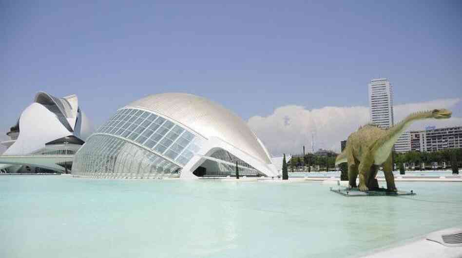 Valencia spent more than $1.5 billion to build the City of Arts and S
