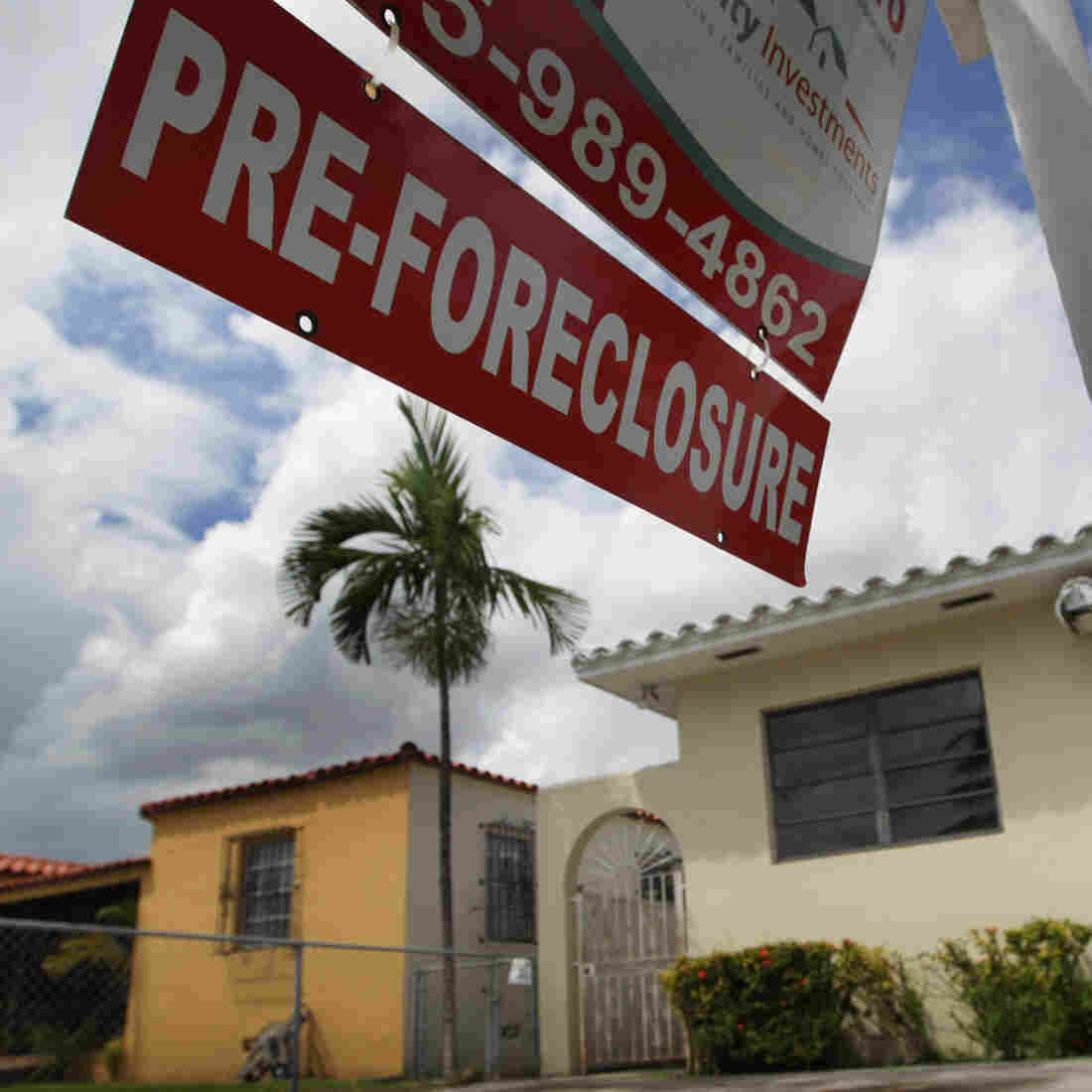 Foreclosure Process Hammers Florida's Housing Market