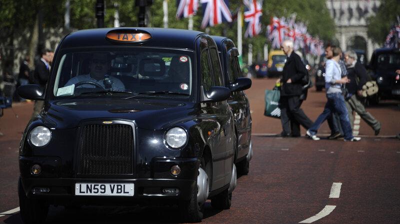 fair deals taxi coatbridge