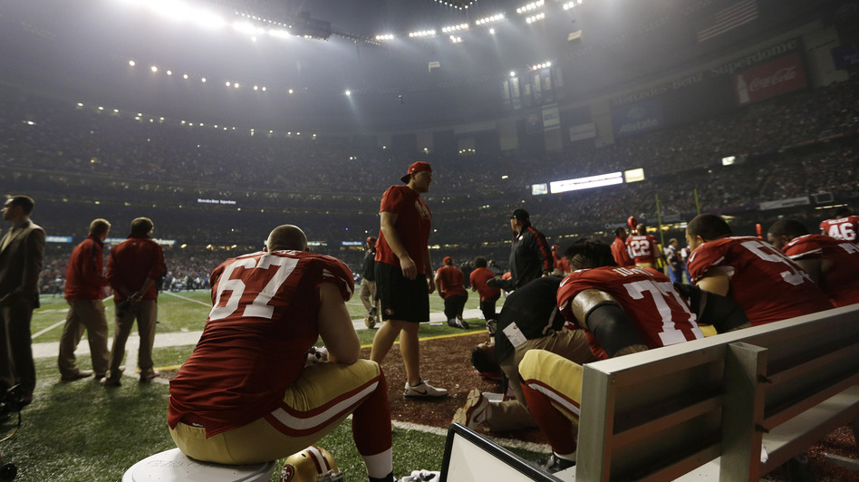 San Francisco 49ers offensive lineman Daniel Kilgore (67) waits on the bench during a power outage during the second half of the Super Bowl Sunday. (AP)