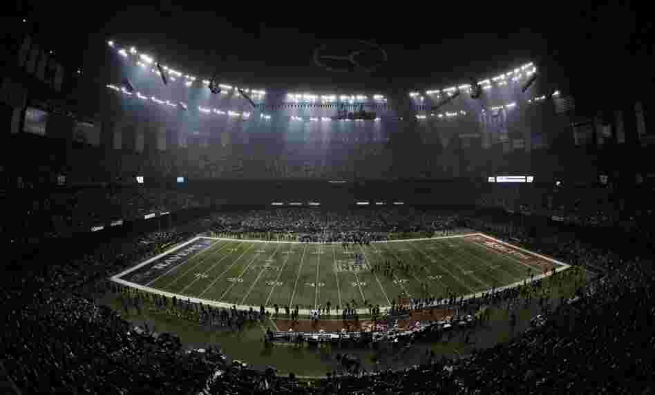 The power went out at the Superdome in the third quarter of the Super Bowl Sunday for more than half an hour.