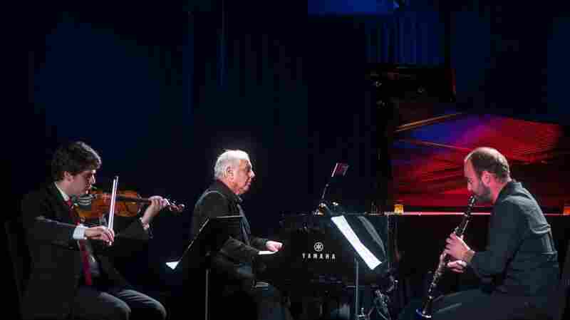 Daniel Barenboim And Members Of The West-Eastern Divan Orchestra