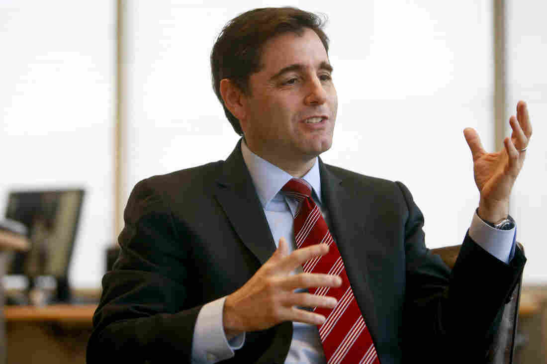 "FCC Chairman Julius Genachowski last year warned of a ""war on Wi-Fi."""