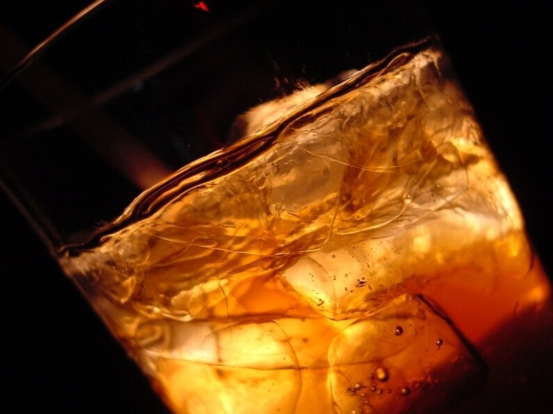 Mixing Alcohol With Diet Soda May Make You Drunker : The