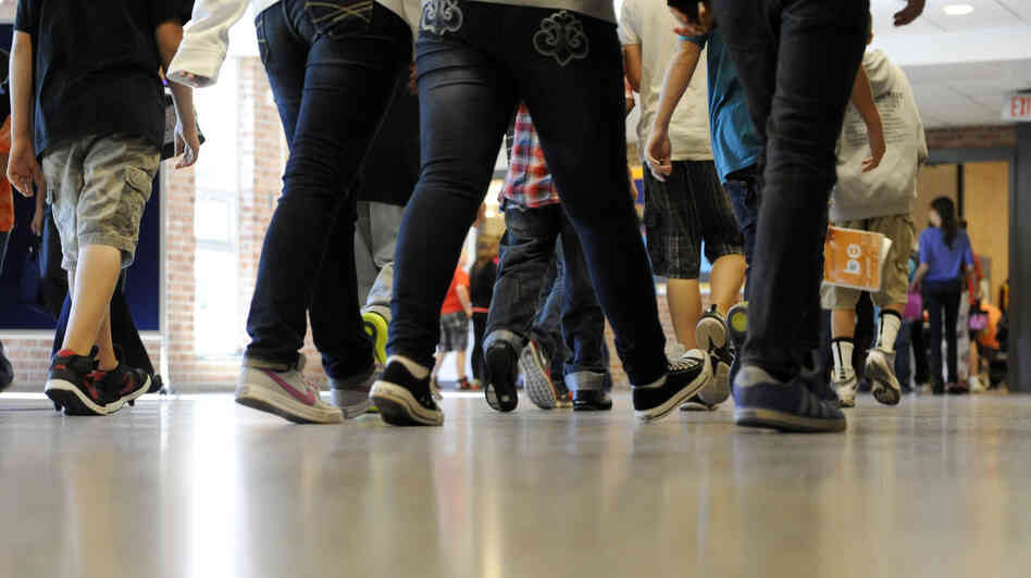 Rise Early And Shine: Teachers And Students Try Out Longer ...