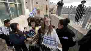 Women In Prayer Shawls Detained At Judaism's Holiest Site