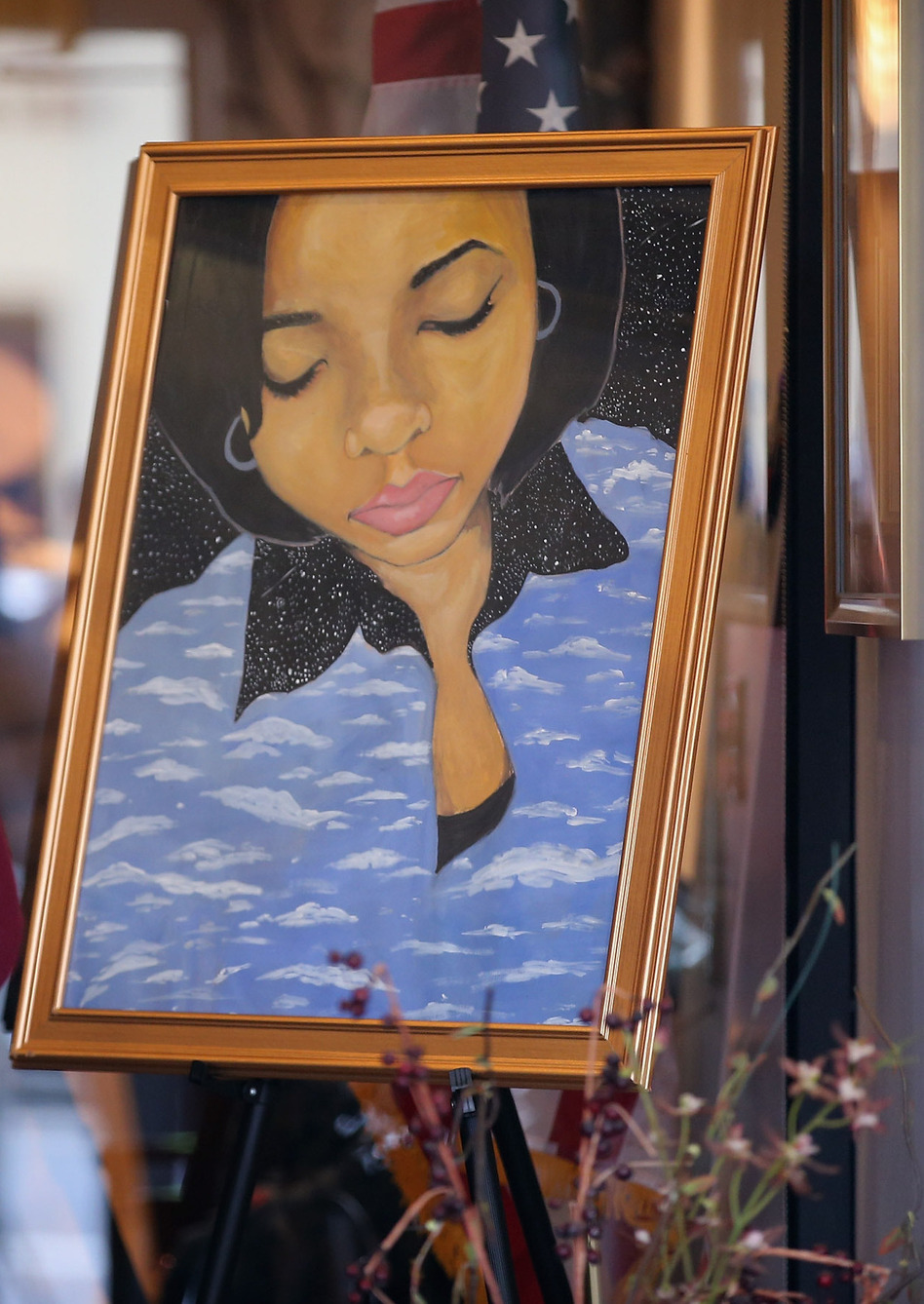 At a Chicago funeral home last week, a painting of 15-year-old shooting victim Hadiya Pendleton stood at the entrance.