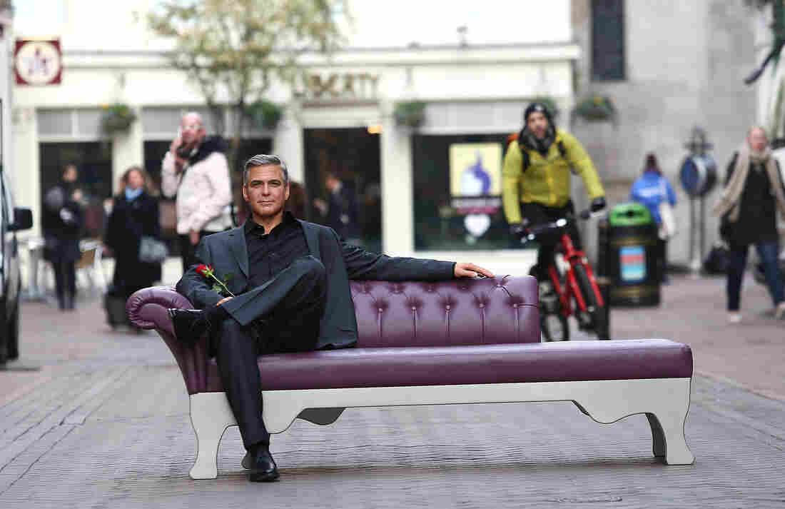 Madame Tussauds placed the new George Clooney waxwork out in the street Wednesday to be admired.