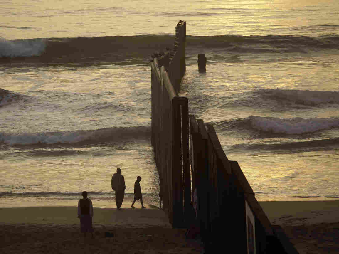 Pictured, left to right: Mexico, United States.