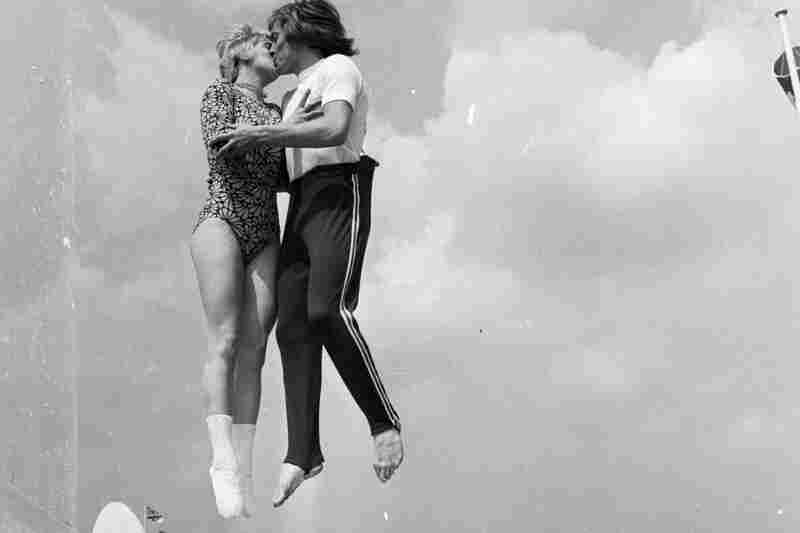World-trampolining-champion kiss
