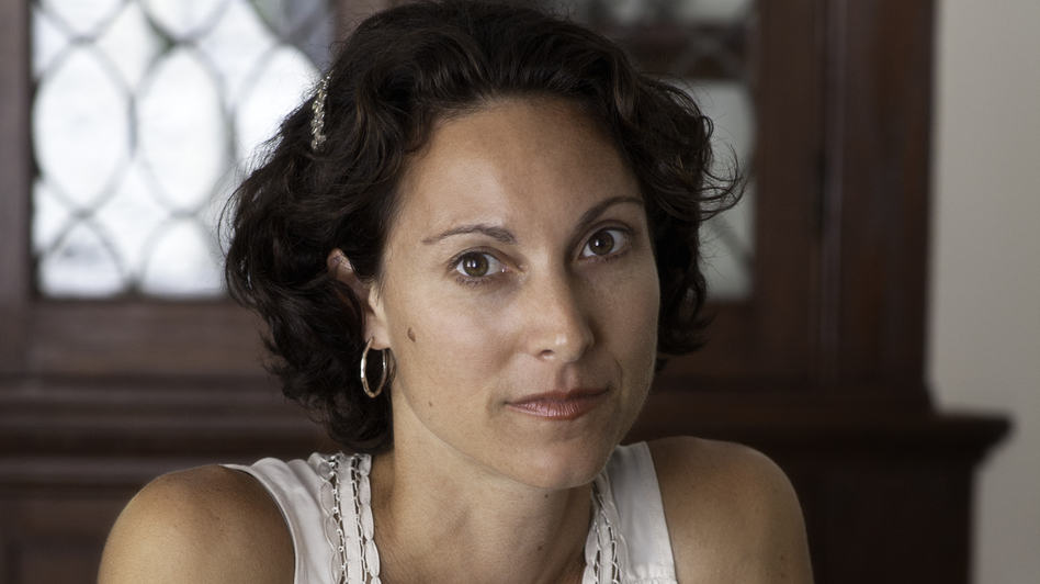 Emily Bazelon is a senior editor at Slate and a contributing writer for The New York Times Magazine. Additionally, she is a lecturer in law and the Truman Capote fellow for creative writing and law at Yale Law School. (Random House)