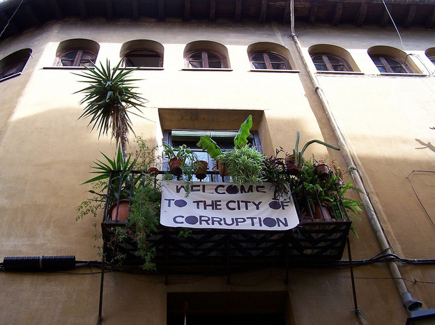 A protest banner in Valencia, Spain, reflects the view that the city's economic woes are a result of political corruption. (Courtesy of Ruta Despilfarro Valencia)