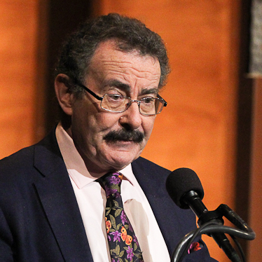 Robert Winston argues in favor of banning genetic engineering of babies.