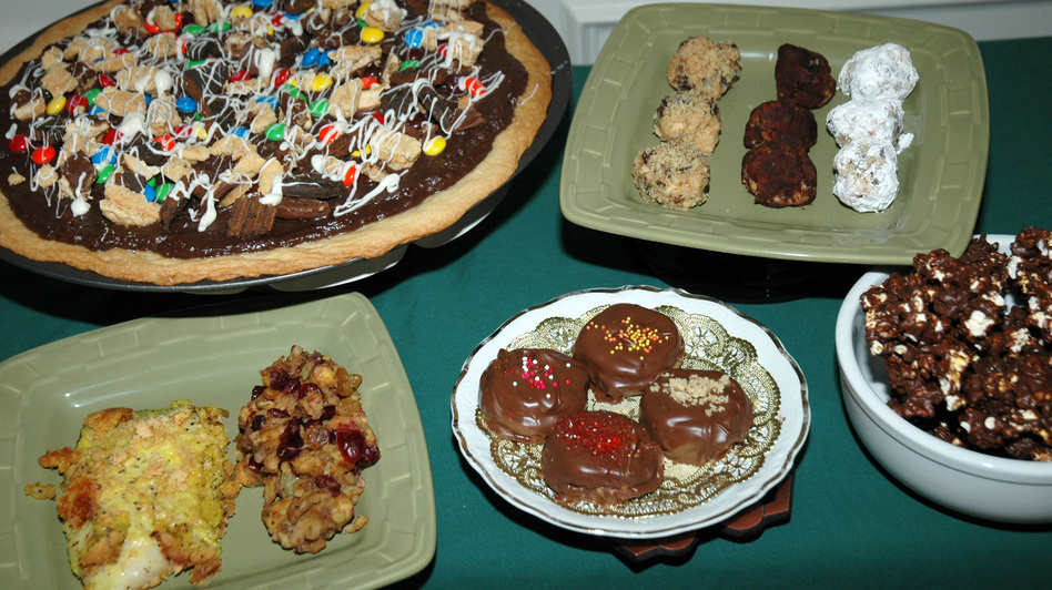 What do savory lemon fish and stuffing (lower left) have in common with dessert pizza, bourbon balls and other sweets? They're all made with Girl Scout cookies. (Doreen McCallister/NPR)