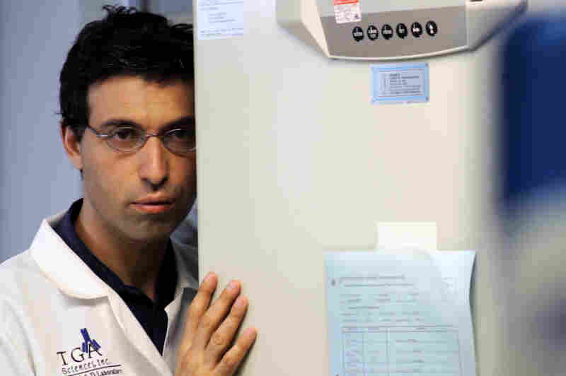 The tightly scripted Rubberneck, which features Karpovsky as Sam, a brilliant but obsessive scientist, is too labored and serious for its own good.