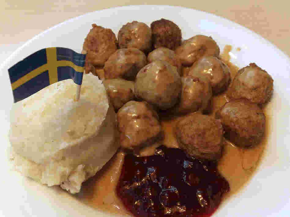 IKEA in Spain - Meatballs