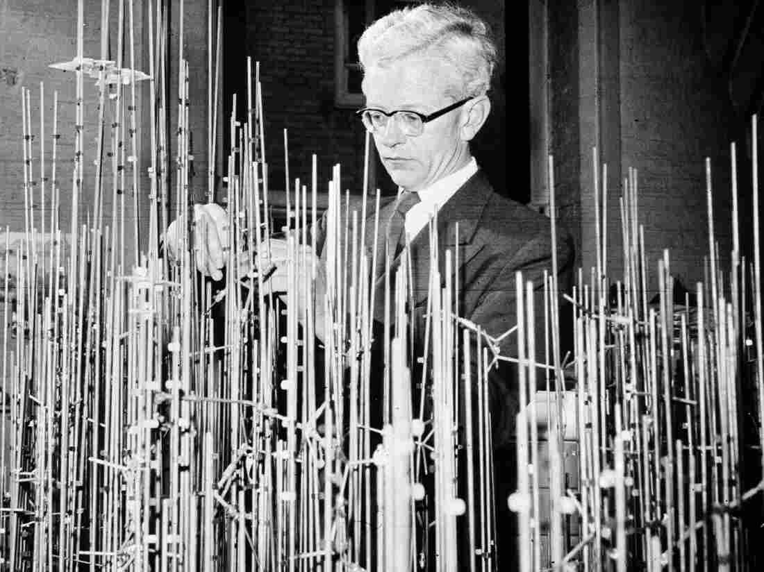 Sir John Kendrew was the first to determine the 3-D structure of a protein, but building an accurate model required sculptures that would take up a room.