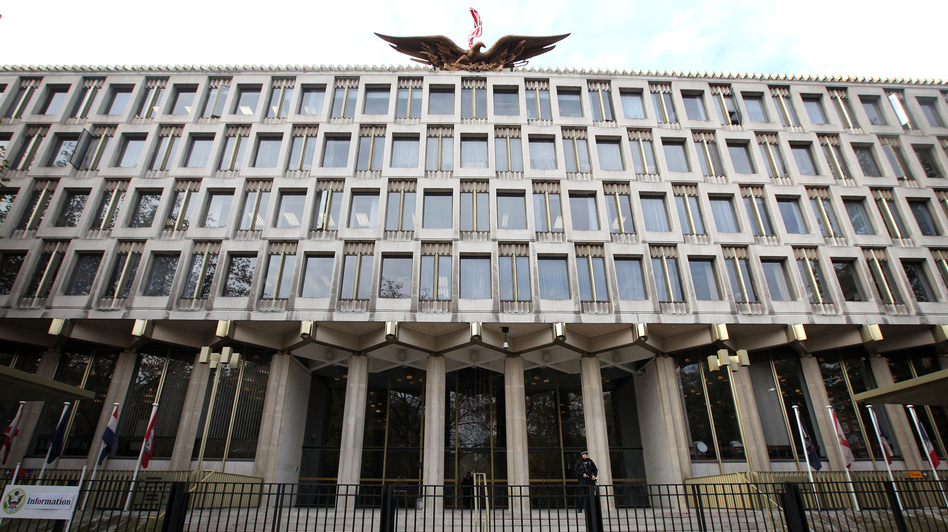 The U.S. Embassy in central London in 2009. (AFP/Getty Images)