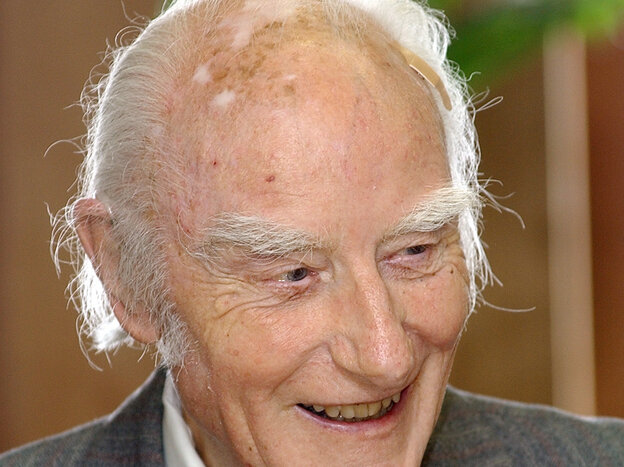 Francis Crick in 2003, the year before his death, at the Salk Institute for Biological Studies in San Diego.