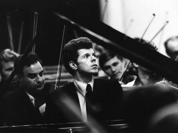 A youthful Van Cliburn, captured mid-concerto.