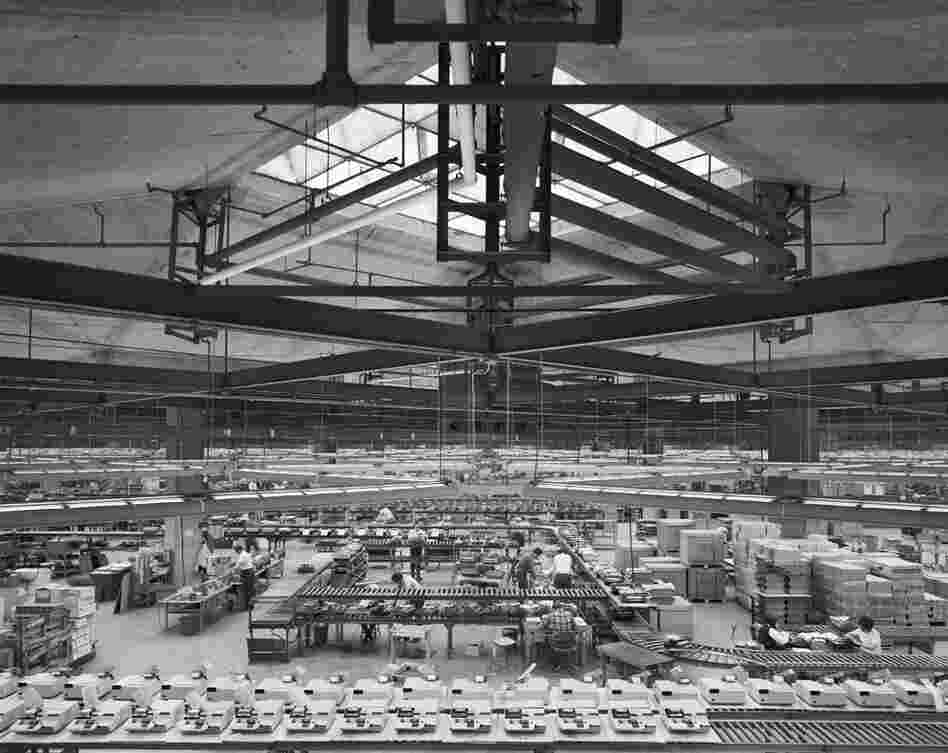Olivetti Underwood Factory, Louis Kahn, Harrisburg, Pa., 1969