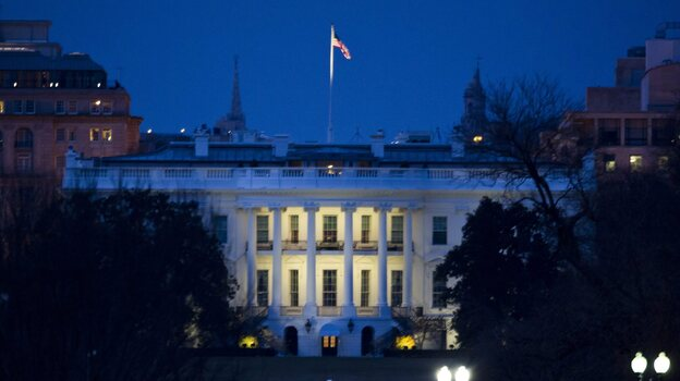 "The White House: When night falls, it looks like the ""sequester"" will arrive. (EPA /LANDOV)"