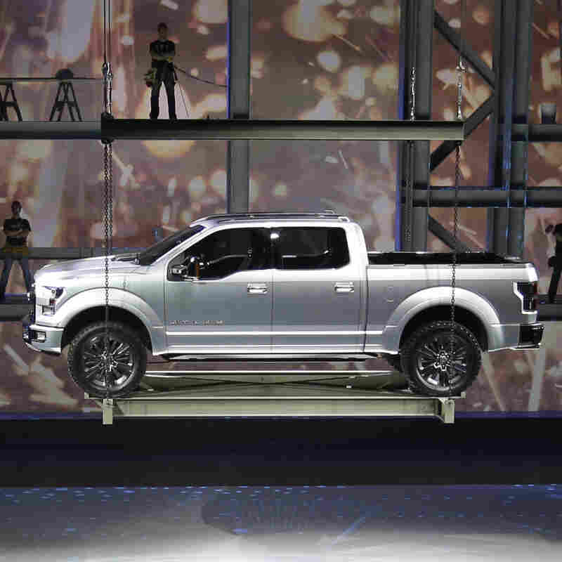 As Construction Picks Up, American Truck Makers Race