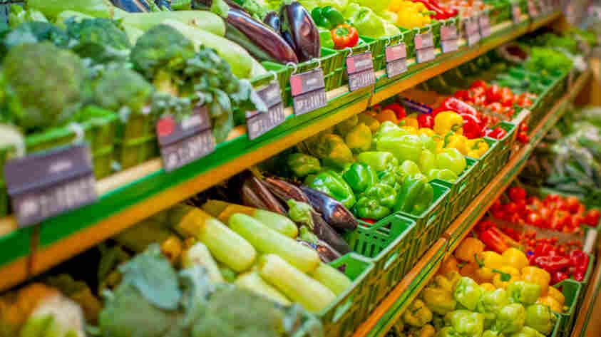 Most people polled in a new survey said government programs to make fresh fruits and vegetables more affordable sound like a great idea.