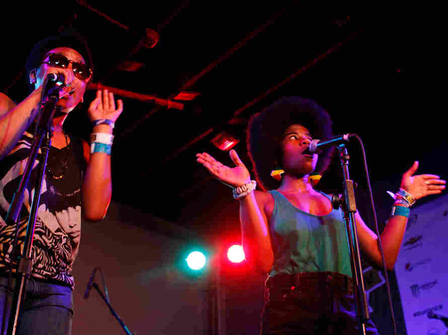THEESatisfaction, the female rap duo from Seattle, gives a sneak peek of its Sub Pop debut at Red 7 on Friday night.