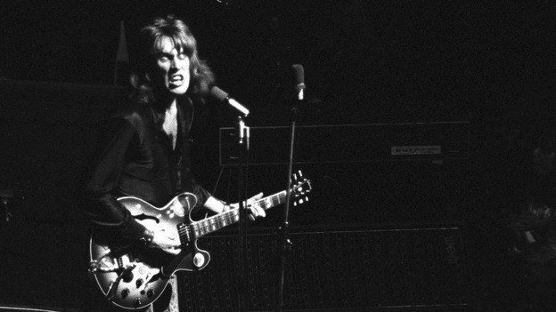Alvin Lee performing with Ten Years After in the early 1970s. (Dalle /Landov)