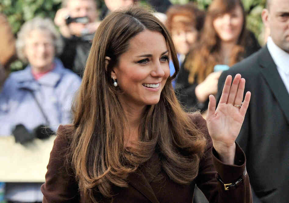 "Catherine Middleton, the duchess of Cambridge, walking in Grimsby, England. A ""jointed doll""?"