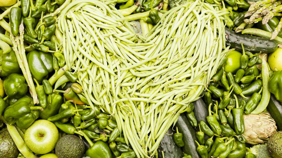 Washington Post food editor Joe Yonan has made the decision to go vegetarian. (iStockphoto.com)