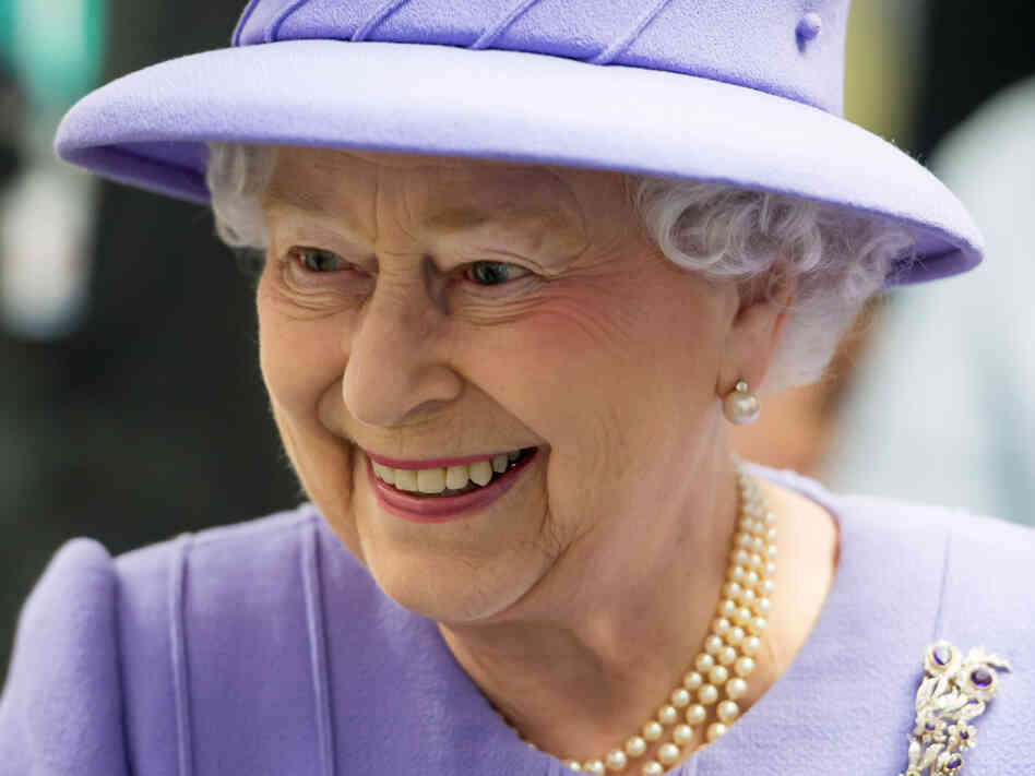 Britain's Queen Elizabeth II will sign a new charter for the 54-member Commonwealth on Monday.