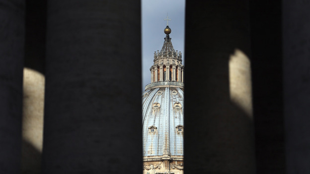 Wi-Fi will be blocked throughout Vatican City during the conclave, and cardinals with Twitter and Facebook accounts have been warned. (Getty Images)