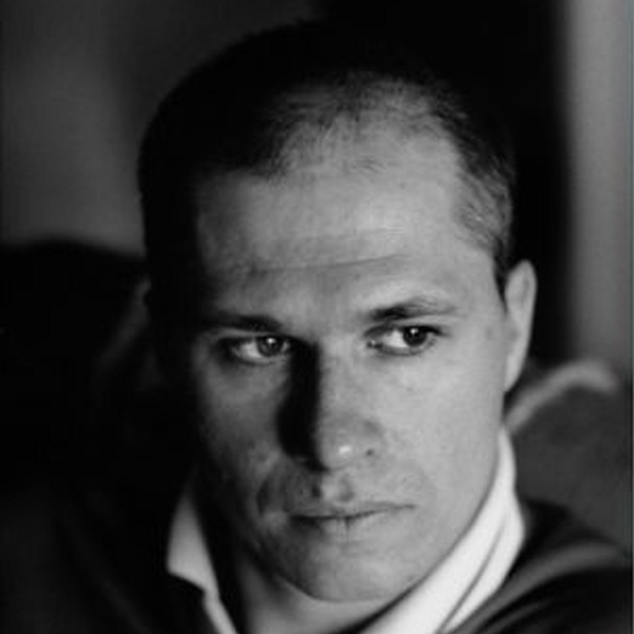 "Aleksandar Hemon has been the recipient of a Guggenheim Fellowship (2003) and a MacArthur Foundation ""genius grant"" (2004). He lives in Chicago."