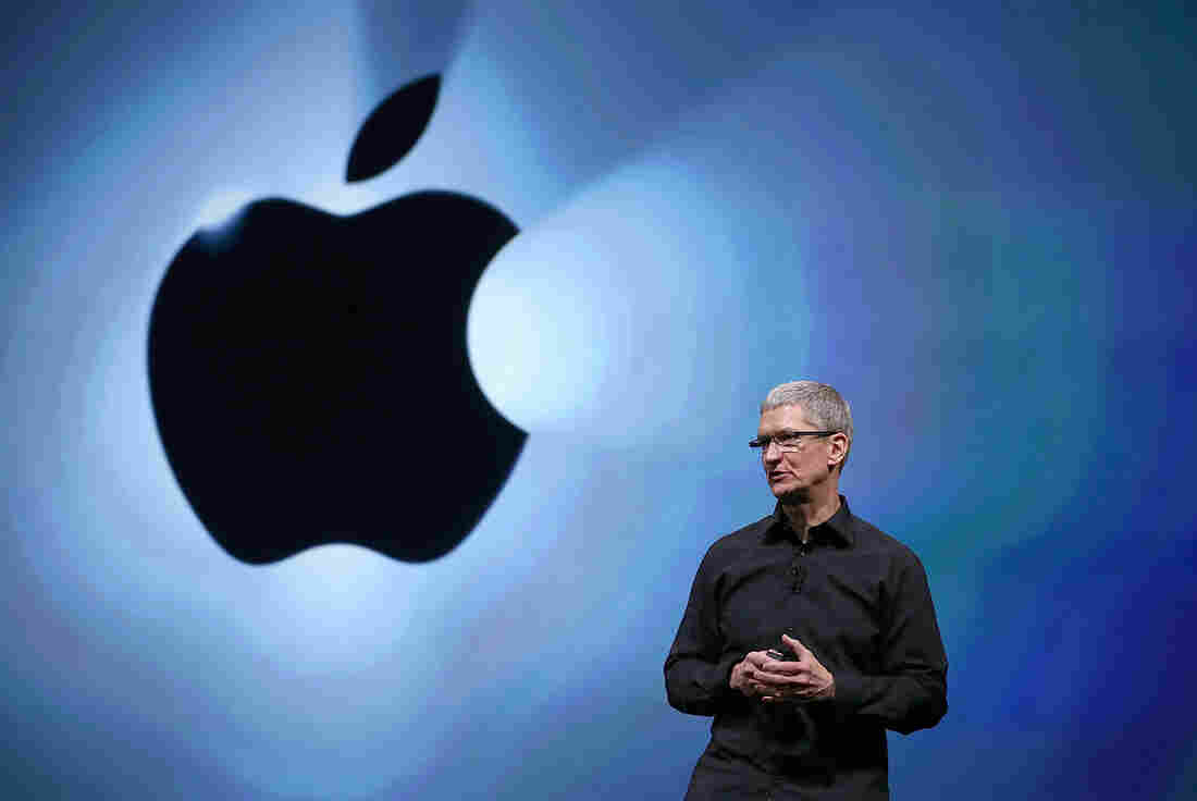 Apple CEO Tim Cook has reportedly been ordered to testify for four hours in the U.S. government's case against the company.