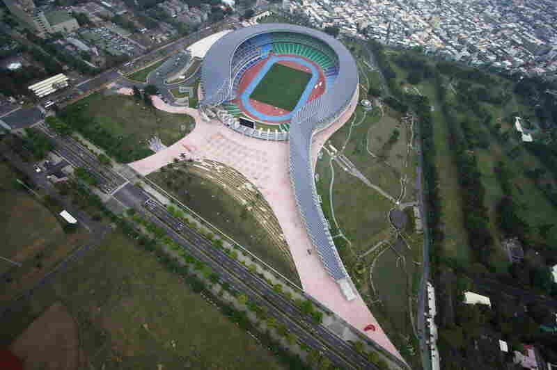 Ito designed the solar-powered Kaohsiung National Stadium in Taiwan for the 2009 World Games.