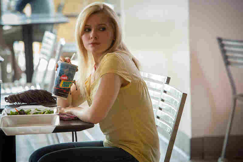 Casey Welson (Abigail Breslin) is the kidnap-and-kill target in The Call.