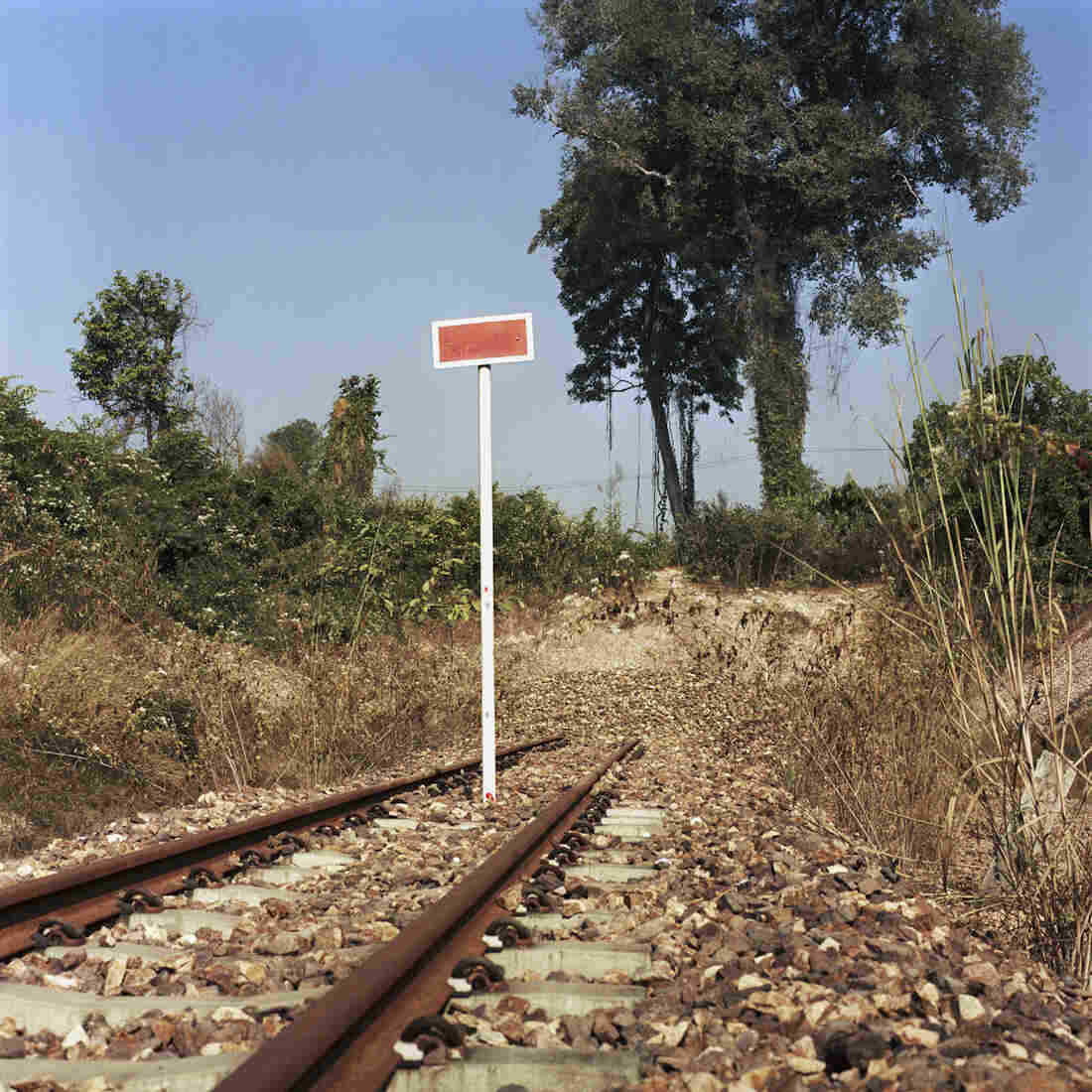 The existing rail track in Laos is an extension of the Thailand railway at the city of Nongkhai. This track crosses the Mekong River in Thailand and ends at the Laos border.