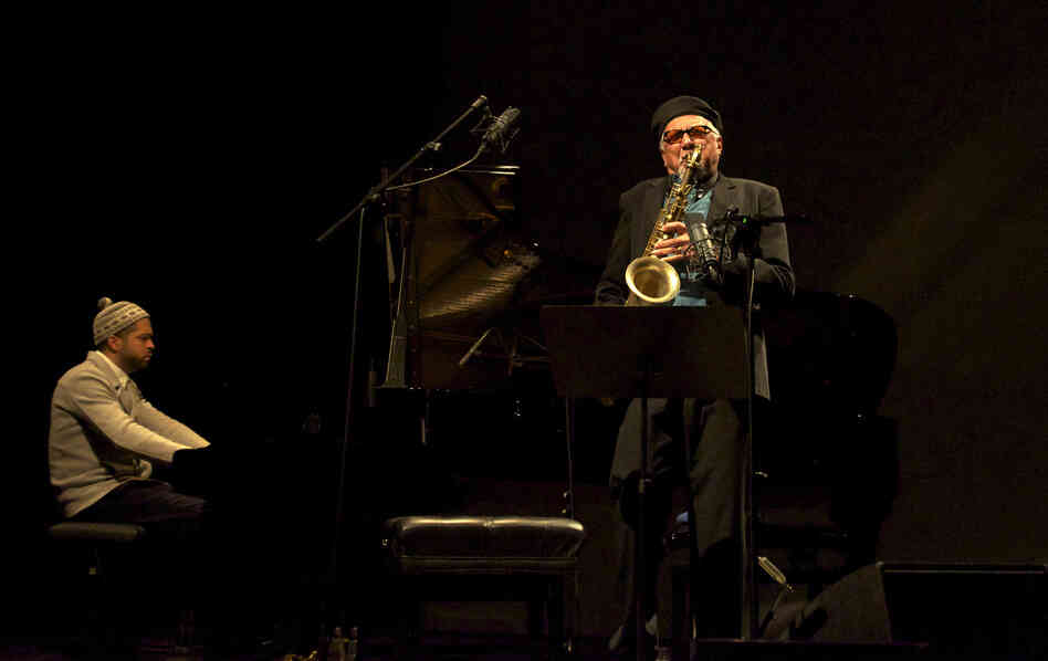 Charles Lloyd performs with pianist Jason Moran in Munich in early 2013.