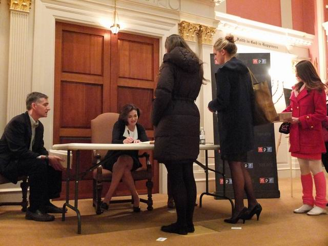 Following the interview, Sandberg met with attendees and signed copies of her book Lean In: Women, Work, and the Will to Lead.