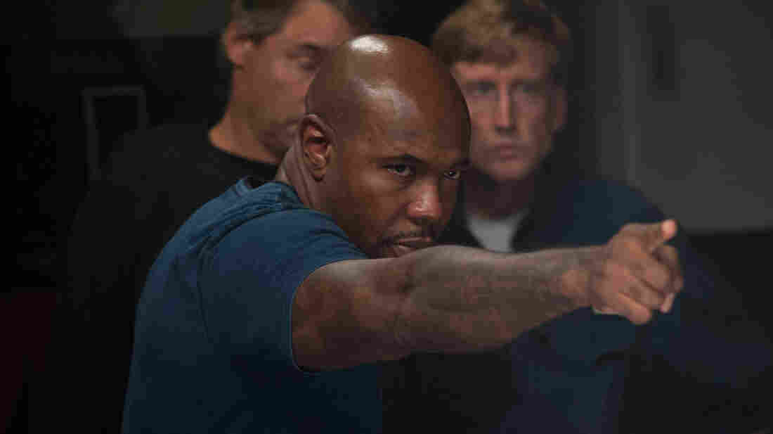 Director Antoine Fuqua on the set of Olympus Has Fallen.