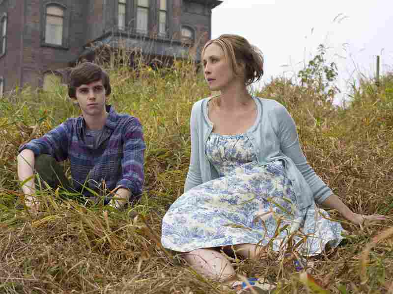 Freddie Highmore and Vera Farmiga are Norman and Norma Bates — eeew — in Bates Motel, the new A&E prequel to Alfred Hitchcock's Psycho.