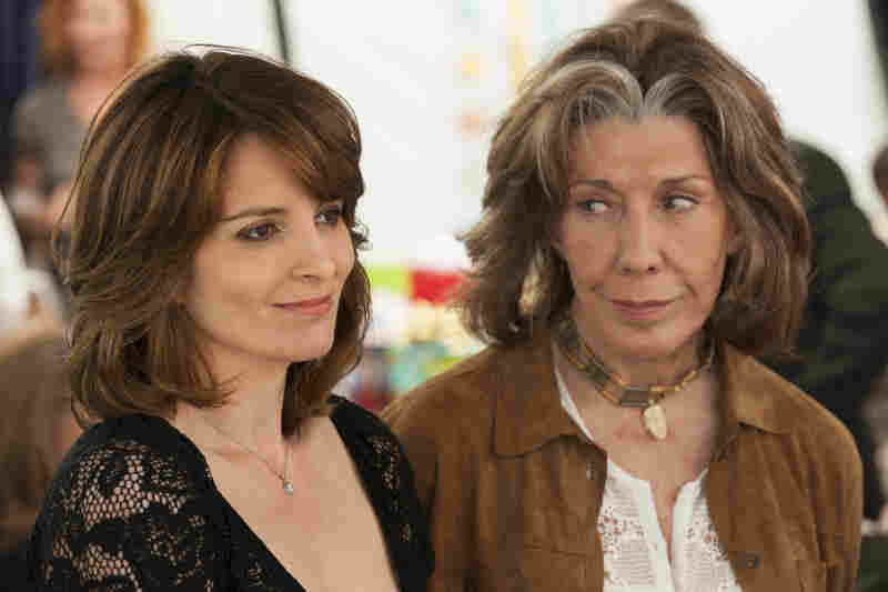 Portia's mother, Susannah (Lily Tomlin), is an ardent feminist and seems to have ignored her struggling daughter for years.