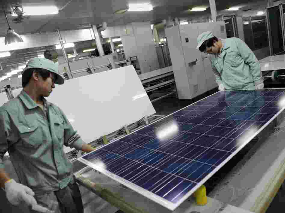 Workers at a Suntech plant in Wuxi last month.