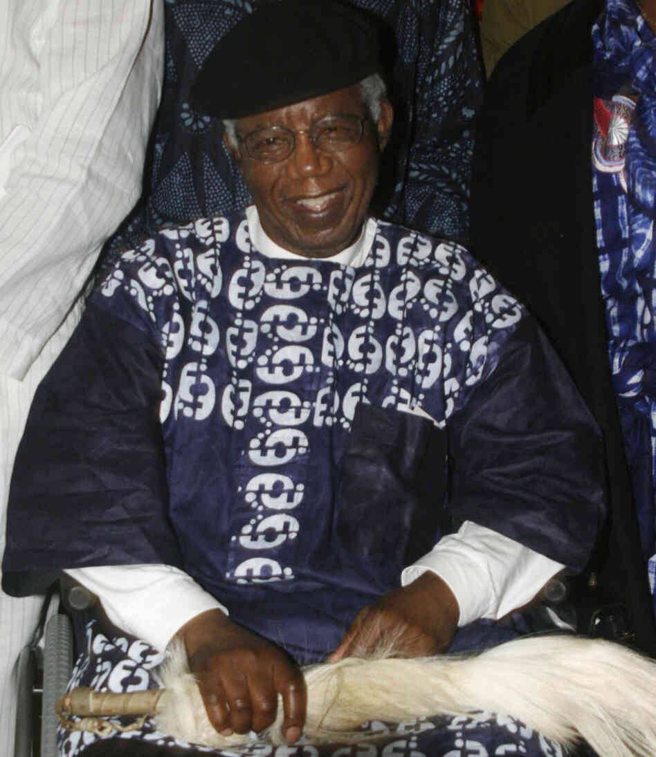 Nigerian writer Chinua Achebe in January 2009.