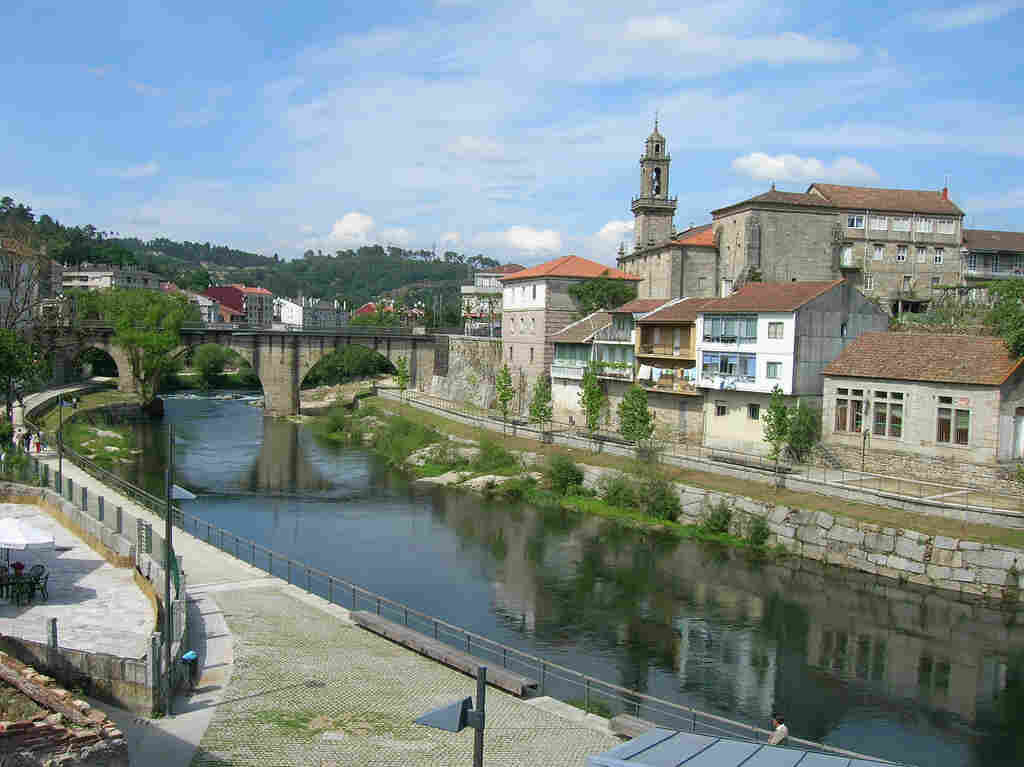 A view of the medieval town of Ribadavia, in Galicia, in the north of Spain.